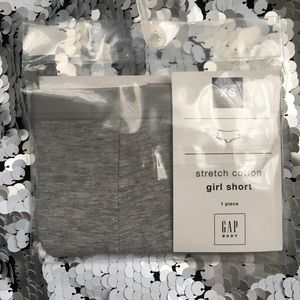 NWT gray Gap Body Stretch Cotton Girl Shorts